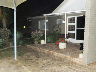 accommodation self catering port elizabeth unit 4