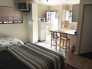 port elizabeth accommodation self catering unit2
