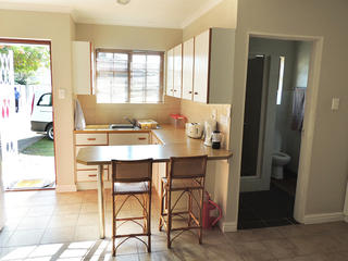 unit 2 accommodation port elizabeth self catering