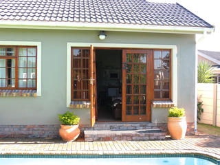 self catering accommodation port elizabeth unit 3