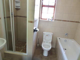 unit 3 accommodation port elizabeth self catering